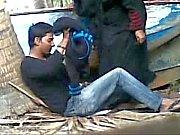 couple, Desi pris baise en plein air