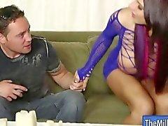 Grand nichons masseur Lylith Lavey pipes robinet à l'orgasme