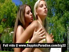 Gorgeous брюнетка и блондинка лесбиянок целуя и раздеваться и имеющие лесбийской любви