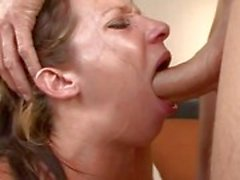 Jada Stevens saa throated raaka-