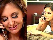 Brunette Lezbiyenler Ariana Marie ve Ava Addams