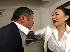 Japanische Sache fickt Arbeitnehmer so stark im Büro - RTS