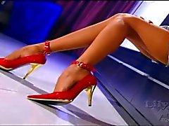 Slideshow legs and pantyhose