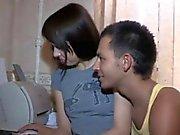 Tonårig Ryssland par att få en tjur