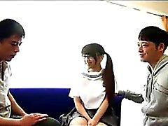 Threesome Pour Écolière Japonaise