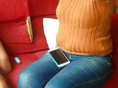 deliciosa MILF casada en jeans ajustados voyeur PAWG HD