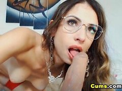 Anal Loving Chick Gets a Hot Orgasm