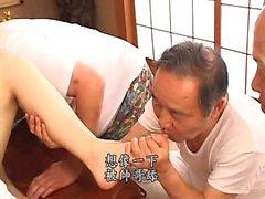 Японская волосатая киска захлопнулась