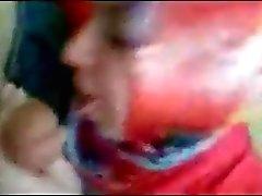 Turbanli Türke Deliler gibi sakso cekiyor .. Hijab