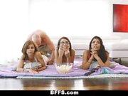 BFFS - mit meiner Stiefschwester & Freunden herumtollen