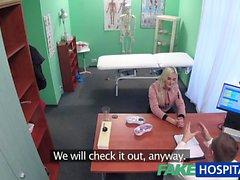 Sahte Hastane Blonde hasta oral seks verir