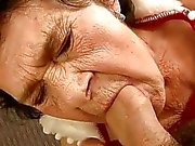 mycket gamla mormor knullas av en kille