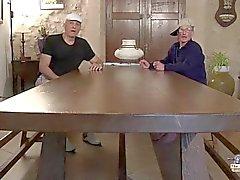 I nonni Cornea i centauri con due bambini troiette