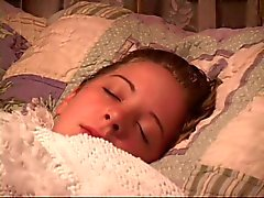 Chéri Sleeping obtient sa bouche scellés et la main lié