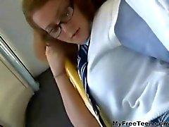 Sexo adolescente en el teen autobuses Cumshots de adolescentes amateurs deglución anal de DP