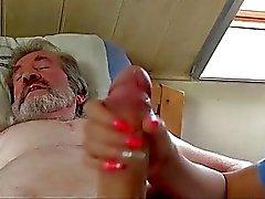 Durcisseur sexuelles par la grand-père de la douleur