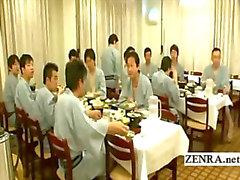 Japani naked sushia valmistamiseksi harvinainen kulisseissa