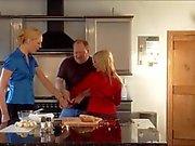 de deux les blondes en cuisine