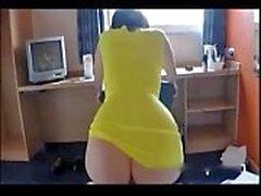 Big boobbed schwarzhaarigen Frau auf heißen hausgemachte Sextape