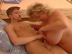 bbw mormor med kåta pojke del 1