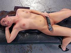 La délicieuse hotty anale machine à sexe menaçante-menaçante Porn HD