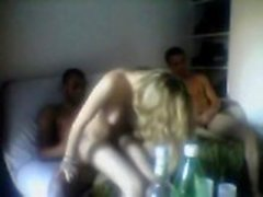 Amateur Blonde Threesome Femme