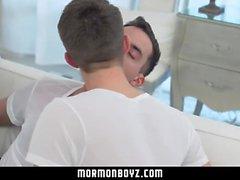 MormonBoyz-Genç erkekler, barbekü anal üçlü yüzle