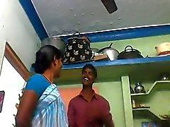 Aunty Indiens 1,325