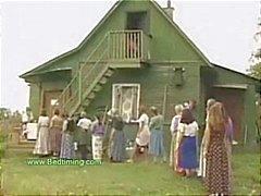 Twee mannen geneukt door Village Wifes