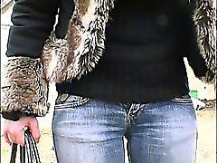 Carine y su coño peludo