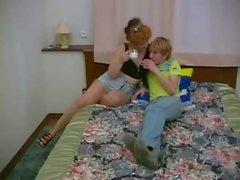 Filho russo fode a madrasta