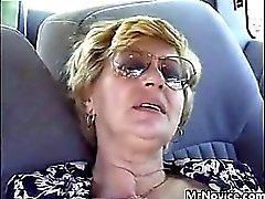Бабушки облапанная в выебанная в машину