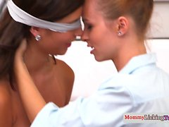 Stepmom les pussylicking in taboo trio