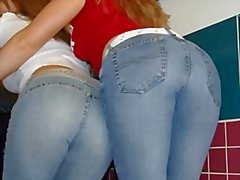 Hot Girls in den festen Jeans