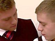 Connor Магуайер нравится горячей и полной анального секса Иан Левиным