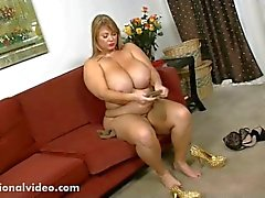 Samantha 38G Sucks Huge Lolly Cock