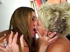 Teens nauttia seksiä Isoäidit