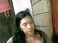 49 eski yılın Filipinli annen dahlie bir e cam üstünde boobs gösterilmiştir