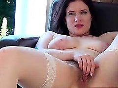 Calda moglie all'orgasmo estremo