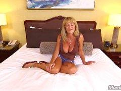 Büyük Göğüsler Amatör Gilf, Sert Anal POV'tan hoşlanıyor
