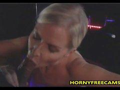 Big Boobs Blonde Ho Whitney Grace von vielen schwarzen Schwänzen anal