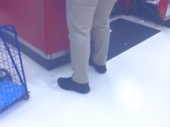 Candid booty milf worker at target