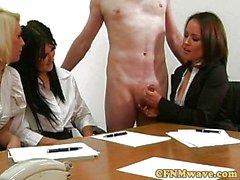 Domina CFNM Office Luder wanking Schwanz
