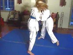 Match de judo féminin