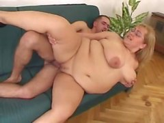 blond bbw en grosses mamelles