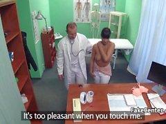 Azgın doktor lanet olgun hasta