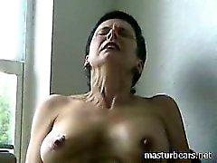 Yüksek sesle orgasm Sapıkça granny Frederique