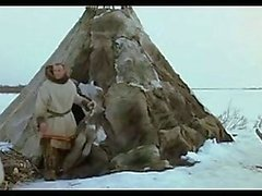 Koyu sarışın Alman Man ve Rus Sibirian Kız Aşk gerekiyor