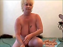 Två Grannies - One Sybian - Granny squirts