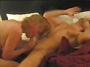 Sexig busty MILF behöver en lång kön session med pust av orgasm